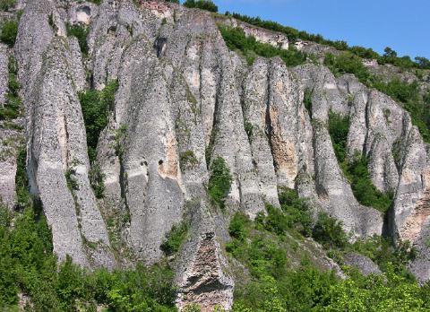 История на село Сухаче и къща за гости Луксия